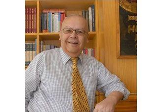 Kıymetli Hocamız Prof. Dr. Alâeddin Asna'yı doğum gününde sevgi, saygı ve özlemle anıyoruz