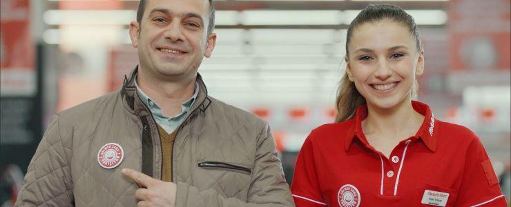 Media Markt'tan yepyeni bir kampanya: Gülmek Sana Yakışıyor