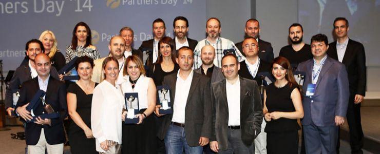 Turkcell'den başarılı iş ortaklarına ödüller