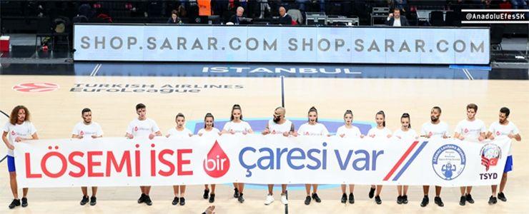 Anadolu Efes'in EuroLeague maçında alkış topladı!