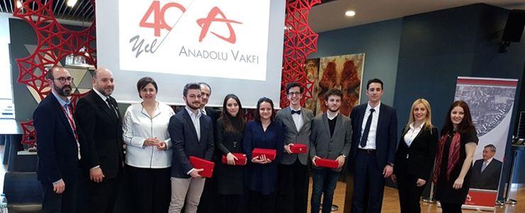 Anadolu Vakfı, topluma değer katmaya devam ediyor