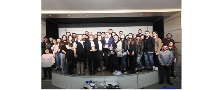"""Geleceğin iletişimcilerine """"Küresel Markaların Yerelleşme Stratejileri"""" semineri"""