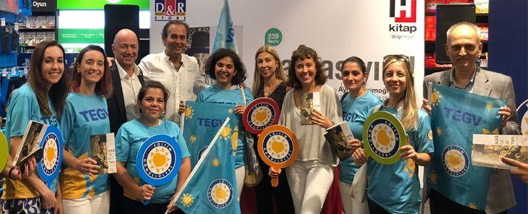 Ayhan Sicimoğlu'ndan TEGV'li çocuklara anlamlı destek