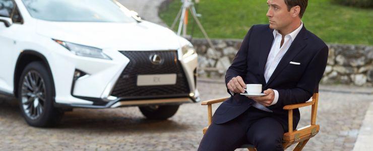 Yeni Lexus RX'in reklam yıldızı; Jude Law