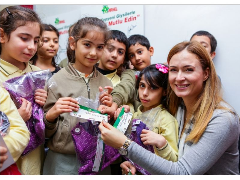 Ariel ve Migros 10 Bin Çocuğu 10 Bin Yepyeni Kıyafet İle Mutlu Etti 75